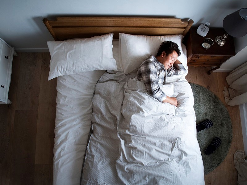 How can I treat insomnia at home 2