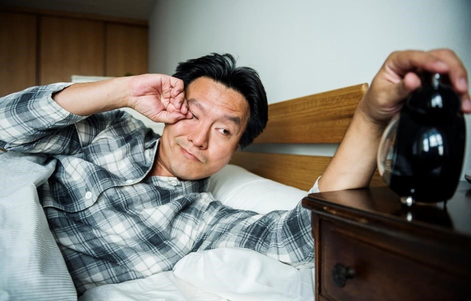 The effects of ageing on sleep 1